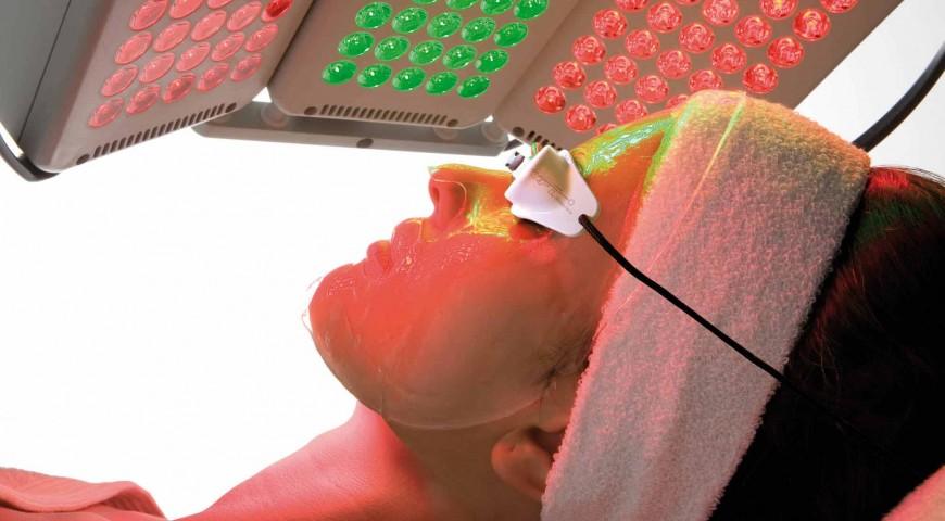 Rejuvenecimiento Facial Con Luz Led Dermatologia En Lima